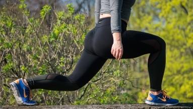 ¿Sin pesas ni máquinas? Hacer ejercicio con tu propio peso es una buena opción