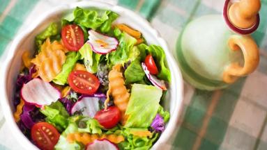 ¿Por qué es bueno comer menos carne?