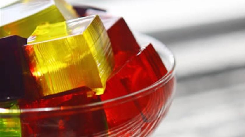 La gelatina es un alimento que puede ofrecer beneficios a tu salud.(Archivo)