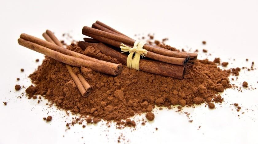 La canela es utilizada tanto en la cocina como en remedios caseros y de belleza.(Pixabay)