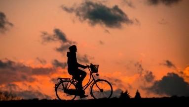 Día Mundial de la Bicicleta: Los beneficios que este vehículo ofrece a tu salud