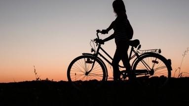 Esto fue específicamente sobre el ciclismo solitario en el rendimiento del jugador y la motivación intrínseca.