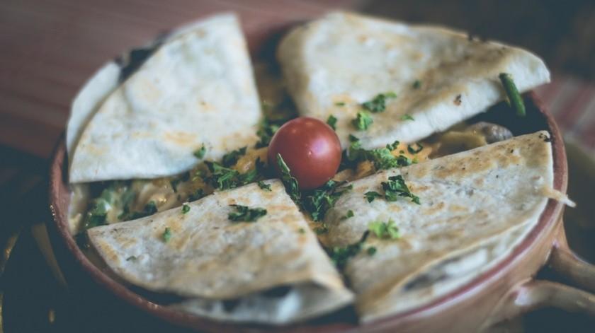 Las tortillas de trigo, son preparadas con harina blanca, en cambio las que se usaran son tortillas integrales se preparan con harina integral.(Pixabay.)