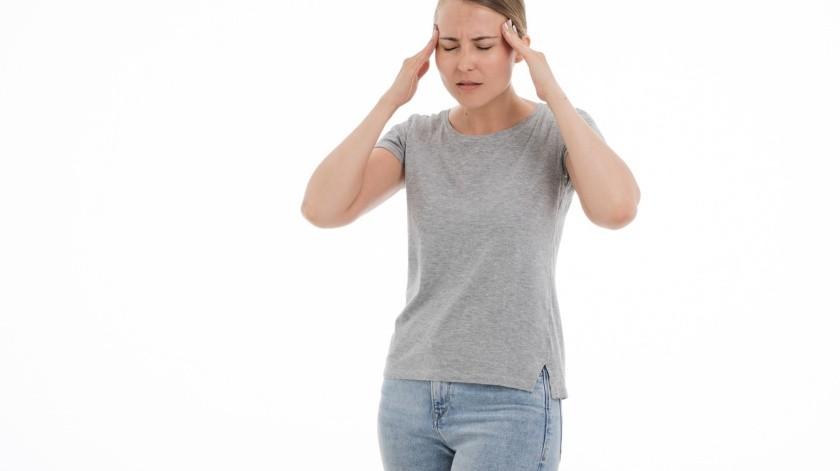 Los síntomas de un accidente cerebrovascular o derrame cerebral pueden aparecer de repente.(Pixabay)