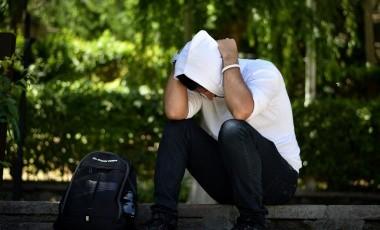 Con el tiempo, normalmente la mayoría de las personas se recuperan bien. Otras se sienten estresados y asustados mucho después de que el trauma haya terminado.