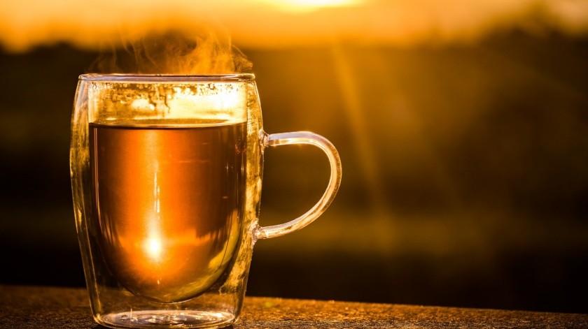 Algunos tés pueden ayudarte a mejorar tu digestión o aliviar malestares causados por una comida.(Pixabay)