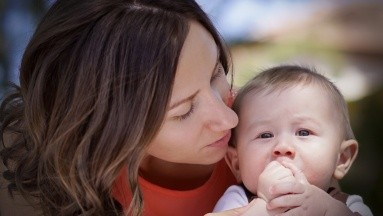 Por eso desde el hospital iniciaron una campaña que busca reclutar a mil mujeres que quieran donar leche materna.
