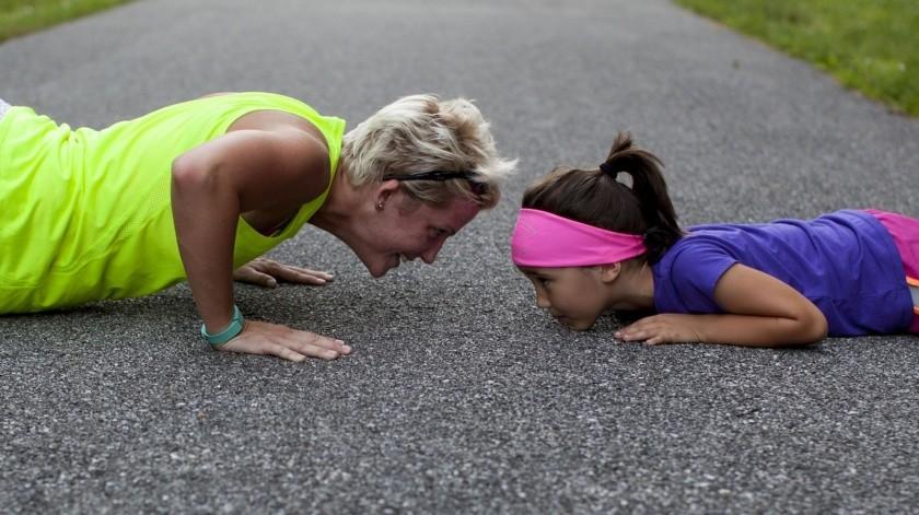 El ejercicio regular es bueno para la salud y puede ayudarte a bajar de peso. Pero eso es únicamente la consecuencia de este maravilloso hábito, ya que lo que el ejercicio hace en tu cuerpo a nivel cardiovascular es más benéfico aún.