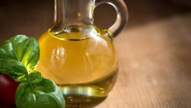 ¿Para qué sirve tomar aceite de oliva con limón en ayunas?