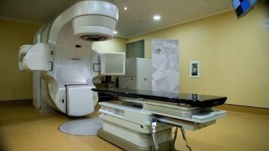 Estudio indica que operados de cáncer de próstata pueden evitar la radioterapia