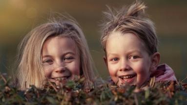 En el caso de piojos muy resistentes a los medicamentos que se aplican en la cabeza, es posible que el médico le recomiende medicar a su hijo vía oral.