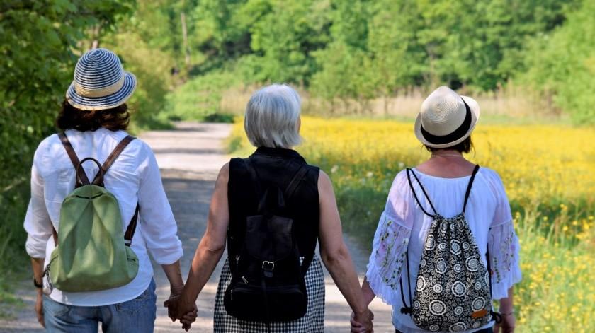 Por eso el portal del Instituto Nacional de Envejecimiento en Estados Unidos, comparte algunos de los cambios más comunes que se pueden empezar a notar en la mediana edad como le denominan.(Pixabay.)