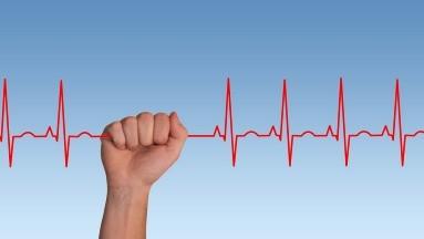 Los Centros para el Control y la Prevención de Enfermedades dicen que la evidencia sobre la hipertensión en personas con el coronavirus puede ser mixta.