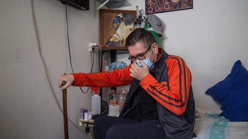 Luis es un mexicano pudo ser curado de Covid-19 pese a tener diabetes.(EFE)
