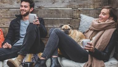 Estudio recientes revela que el consumo regular de café, es decir hasta 6 tazas diarias, podría ayudar a prolongar la vida y se le vincula a una incidencia menor de enfermedades cardíacas, sobre todo en las mujeres.